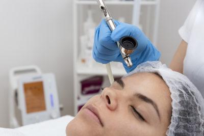 Oxigenul hiperbaric, secretul vedetelor